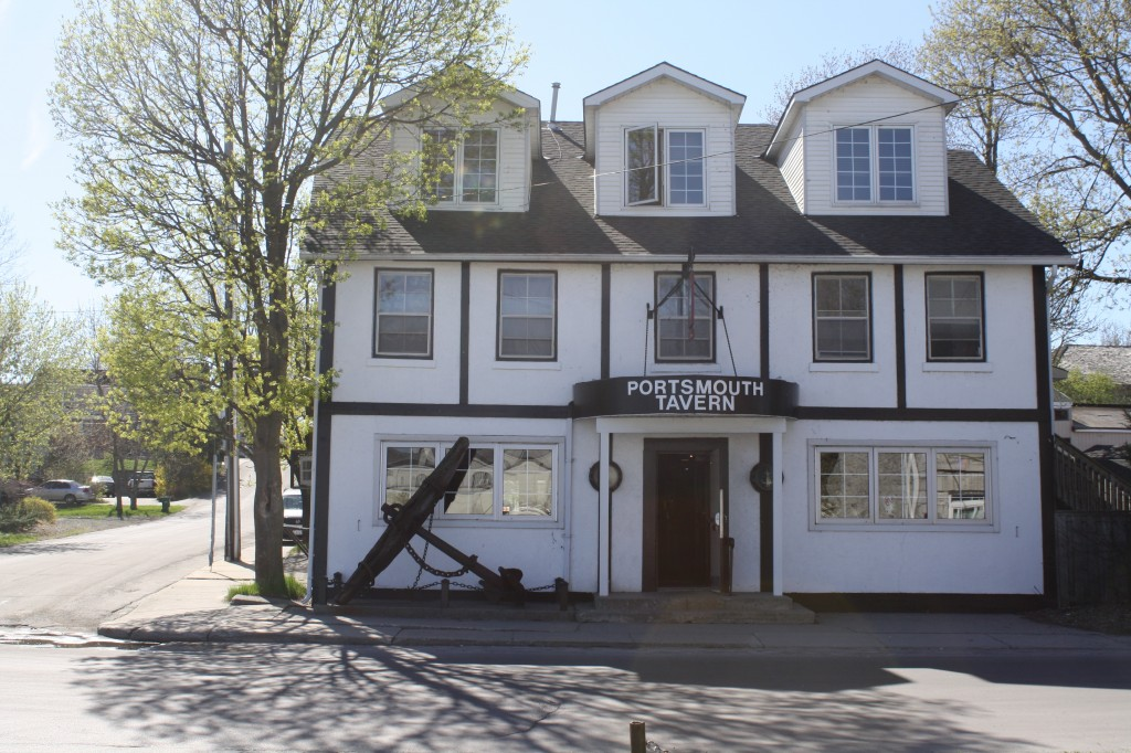 Our favourite lunch spot and watering hole. the Portsmouth Pub, adjacent to Portsmouth harbour; serving thirsty sailors since 1864.