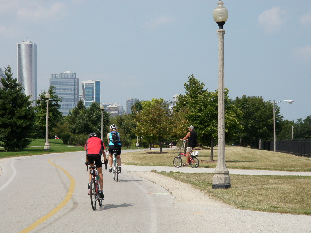 Our first excursion was a bike ride along the excellent Lakeshore Bikepath to the city centre.