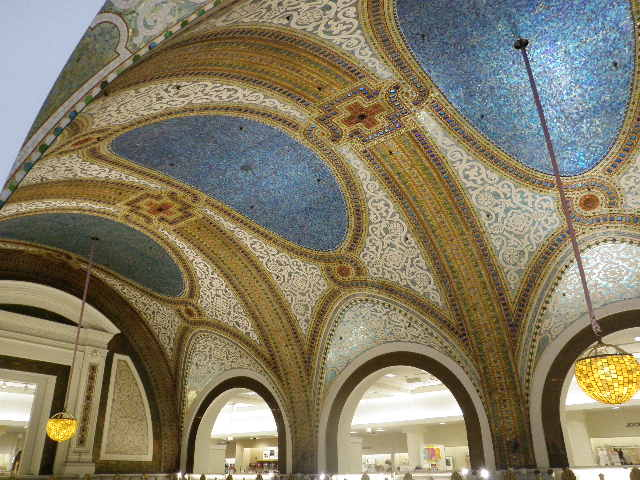 The roof of the Cisteen Chapel? No, this is the mosaic tiles roof of the Tiffany Dome of Macy's Department store, where shopped and then lunched at the elegant but reasonably priced Walnut Room.