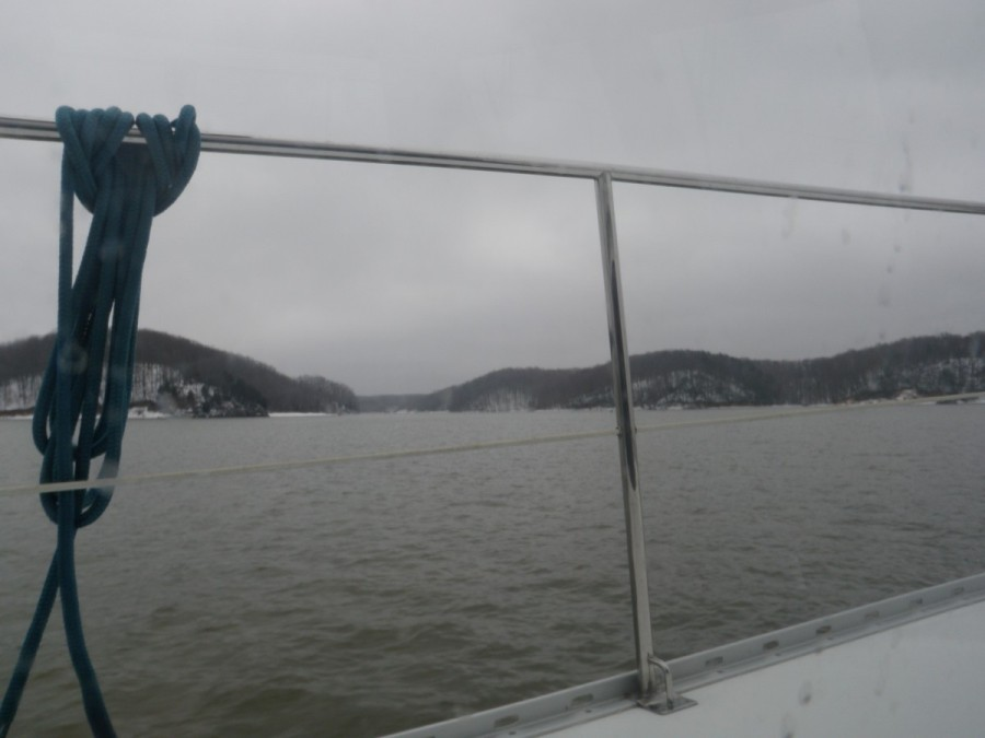 Approaching the Kentucky/Tennessee border at the south end of Kentucky Lake.  cool conditions