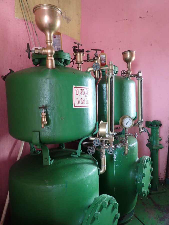 These are the pressurized kerosene tanks that provide fuel....