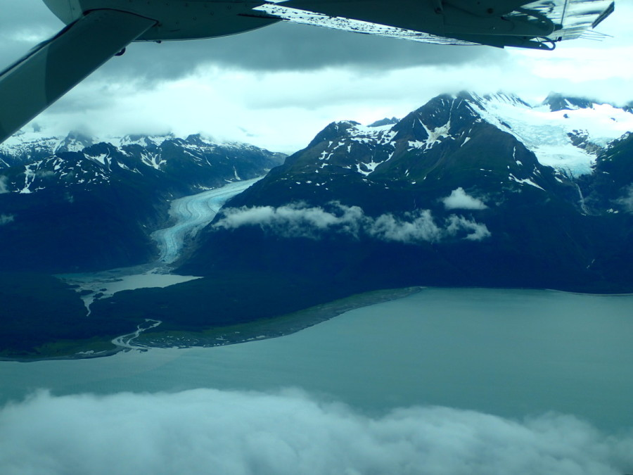 The weather delay was worth it - we flew with enough visibility to get some excellent shots of the mountains and glaciers that line Lynn Canal to both east and west.